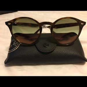 AUTHENTIC RAYBAN RB2180 710/73 TORTOISE/BROWN